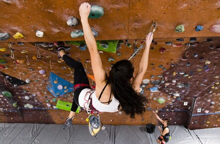 Indoor Lead Climbing for 4-6 people | Extreme Edge Hamilton